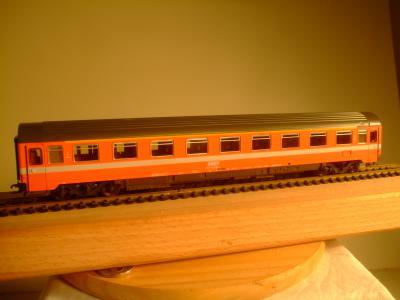 Roco EUROFIMA 1. Kl. Abteilwagen der SNCF
